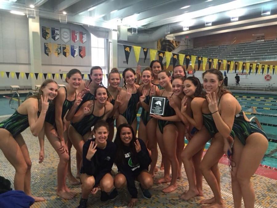 The+Glenbard+West+and+Glenbard+South+Girls+Swim+Team.+