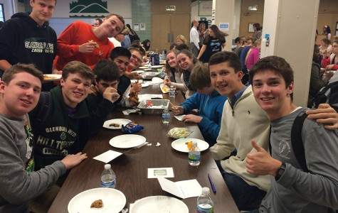 West Students Show Their #GlenbardGratitude