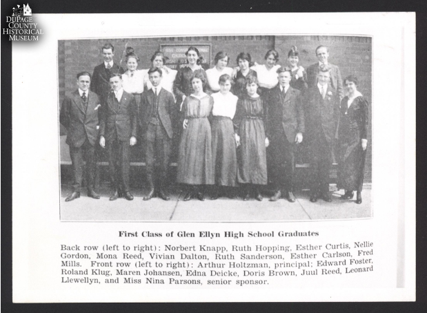 The First Graduating Class of Glen Ellyn High School in front of the Dupage Bank Building. (Courtesy of Steve Wiersum)