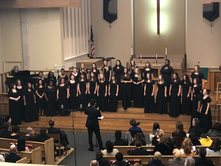Concert choir performing at the First United Methodist Church of Glen Ellyn.