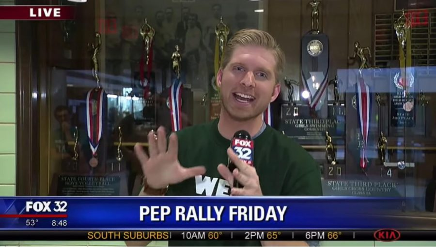 Behind+the+Scenes+of+Fox+32+Chicago%27s+%22Pep+Rally+Friday%22+News+Coverage